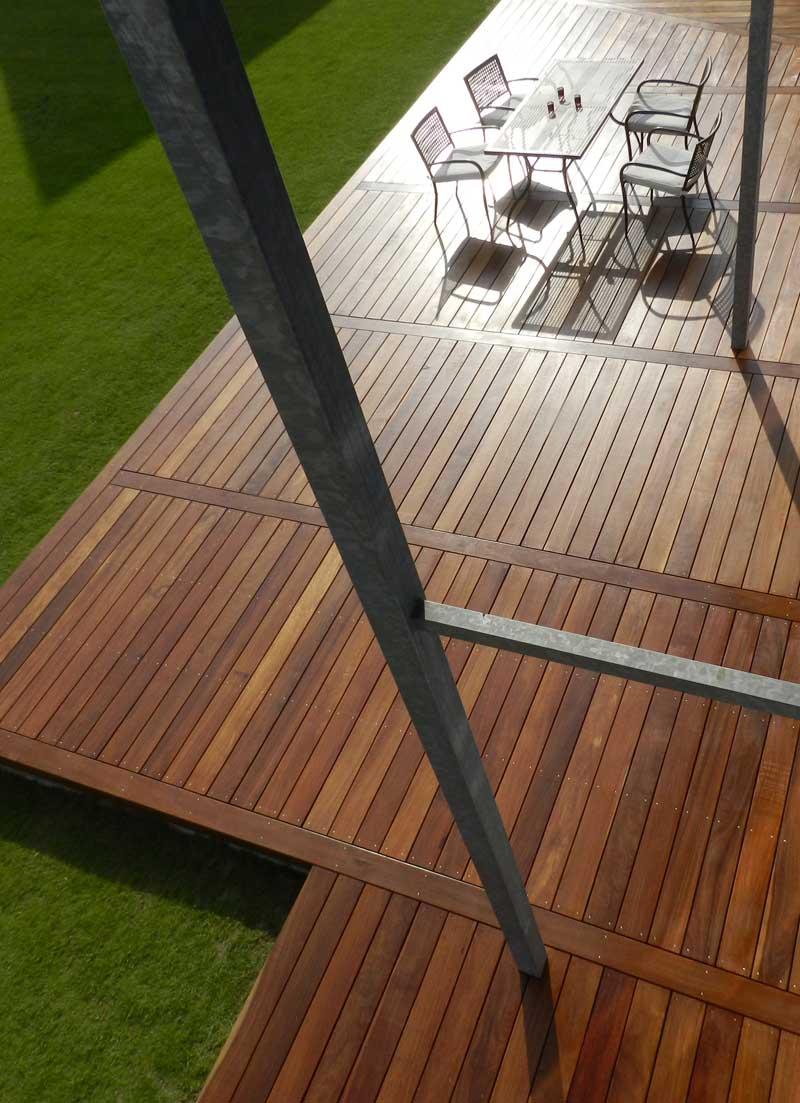 nature bois concept l entreprise vous propose de cl turer votre maison avec go t. Black Bedroom Furniture Sets. Home Design Ideas